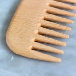 peine de madera para cabello rizado