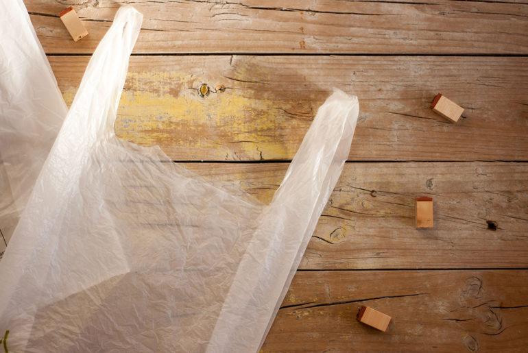 Bolsas: Diferencias entre biodegradables, compostables, reciclables…
