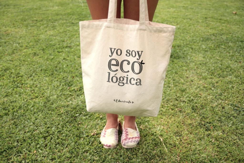 """bolsa de algodón reutilizable con lema """"yo soy ecológica"""" julio sin plástico"""