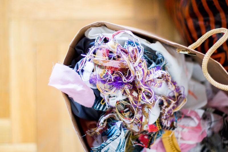 Cómo hacer cojines con materiales reciclados