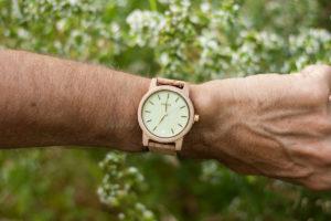 one oak reloj corcho