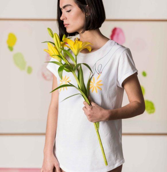 Camiseta-Algodón-Flores-Crisálida-moda-sostenible-spain
