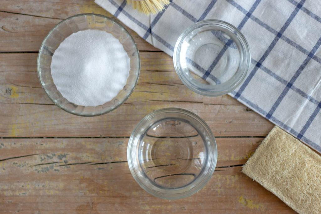 limpiar con bicarbonato