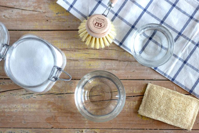 Cómo limpiar la cocina con bicarbonato de sodio