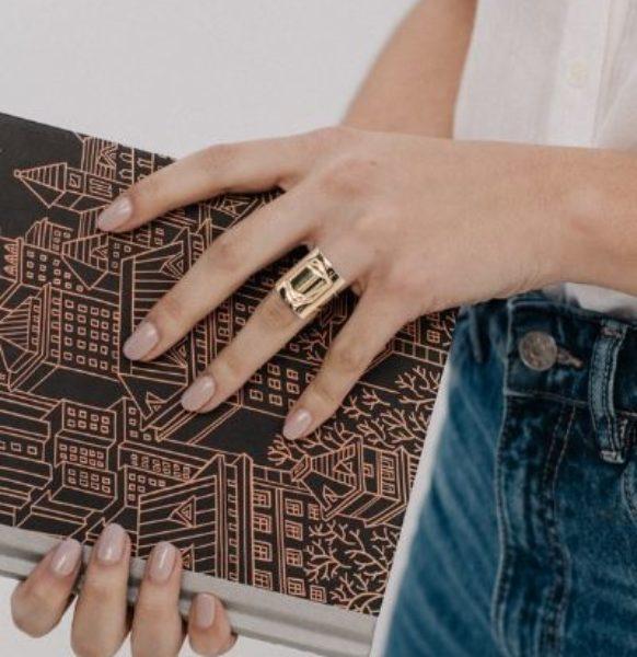 Anillo-de-oro-y-plata-sostenible-Luisa_NEHCAA-Jewelry