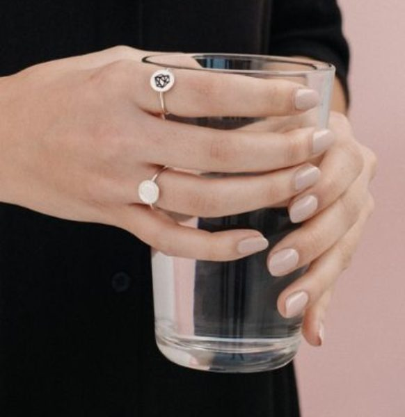 Anillo-de-plata-sostenible-Macarena_NEHCAA-Jewelry