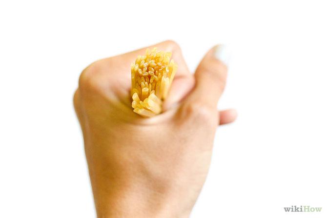 Una ración (80 gramos aproximadamente) es lo que cabe dentro de la mano