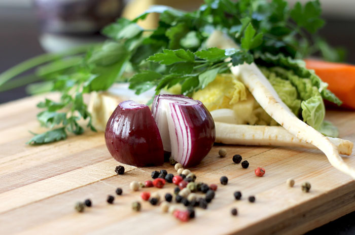 Remedios caseros y naturales para los resfriados, caldo de pollo