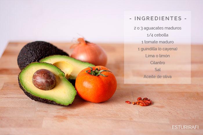 Aguacates maduros, cebolla, tomate, guindilla (o cayena), Lima o limón, Cilantro, Sa,l Aceite