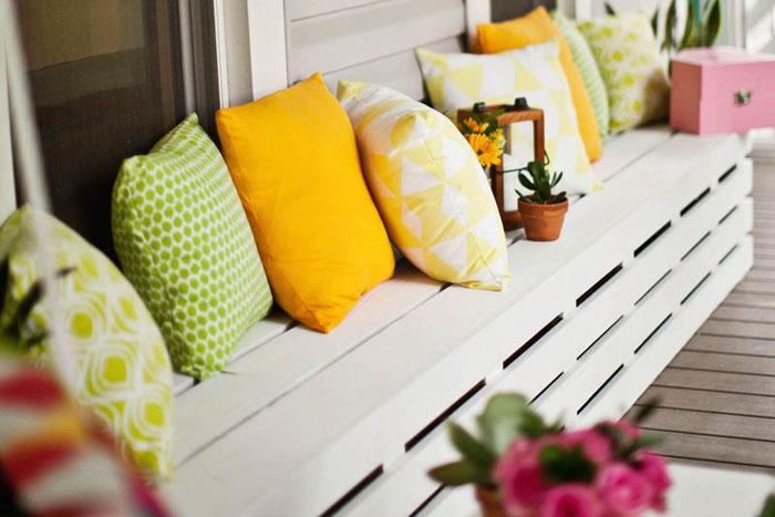 5 DIY para tu terraza. Hacer cojines de colores