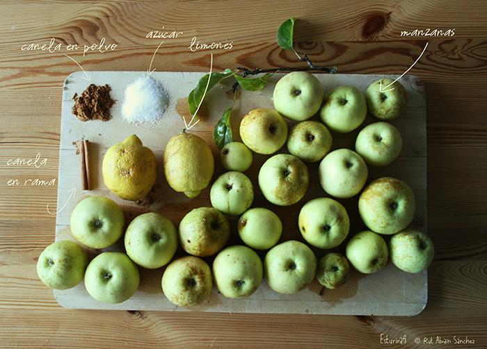 Cesta con manzanas en otoño